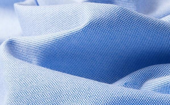 那些布料适合做工作服衬衫-长袖衬衫定制厂家